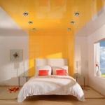 Натяжные потолки в спальной комнате_27