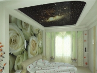 Натяжные потолки в спальной комнате_9