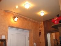 Натяжные потолки в коридоре_14