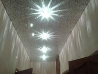 Натяжные потолки в коридоре_22