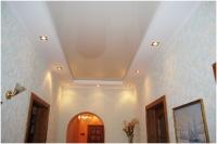 Натяжные потолки в коридоре_29