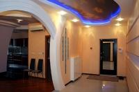 Натяжные потолки в коридоре_2