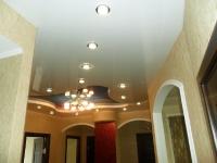 Натяжные потолки в коридоре_37