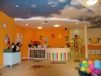 Натяжные потолки в детской комнате_9