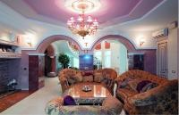 Натяжные потолки в зале, гостинной_16