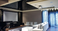 Натяжные потолки в зале, гостинной_9