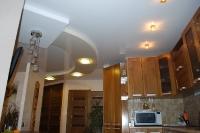 Натяжные потолки на кухне_19