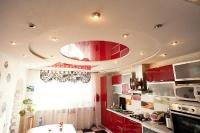 Натяжные потолки на кухне_31
