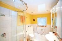 Натяжные потолки в ванной комнате_11