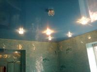 Натяжные потолки в ванной комнате_15