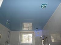 Натяжные потолки в ванной комнате_38