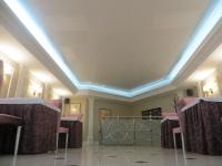 Натяжные потолки с подсветкой_28