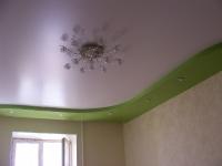 Цветные натяжные потолки_31