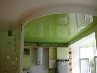 Натяжные потолки на кухне_17