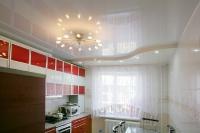 Натяжные потолки на кухне_35